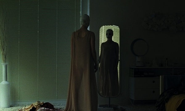 Goodnight Mommy 2015