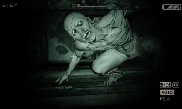 juegos de terror - outlast