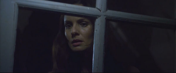 Peliculas de Terror - the other side of the door