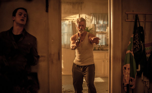 DON'T BREATHE 2016