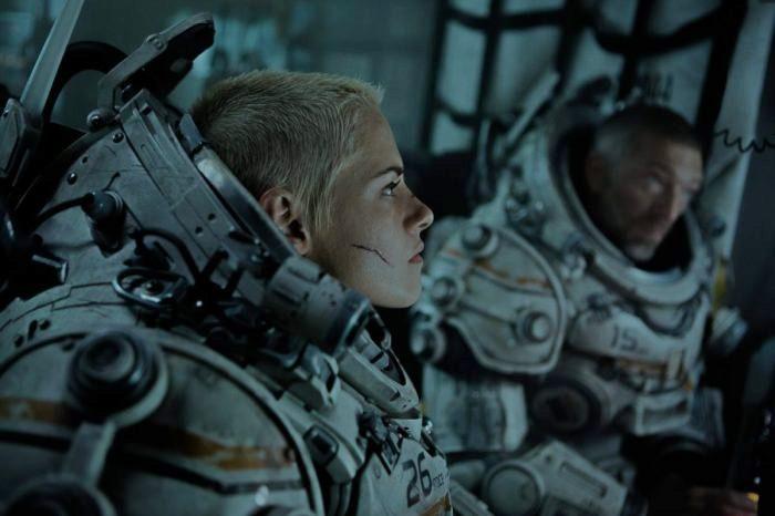 Underwater Aliens se fusiona con The Abyss en este film con Kristen Stewart 2