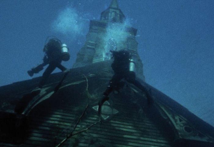 Directores de Inside nos sumergen es su nuevo film The Deep House 3