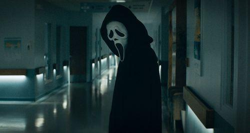 Scream regresa y mata el pasado para esculpir un nuevo futuro Trailer